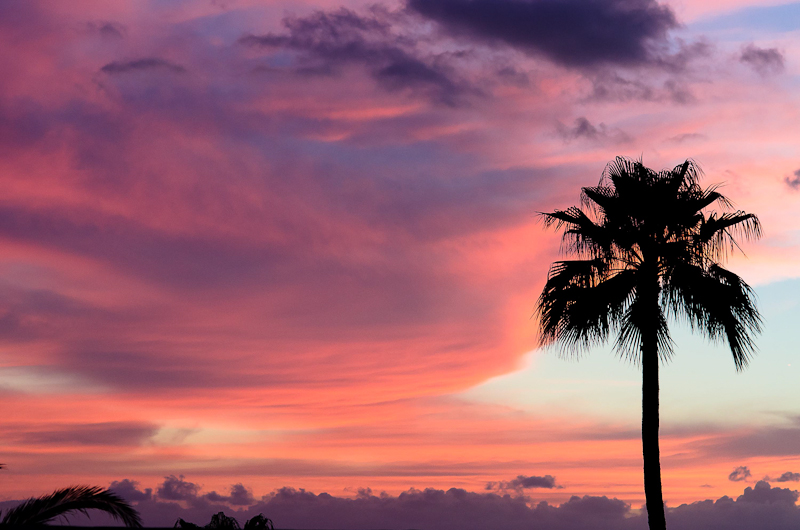 Stunning sunsets in Los Gigantes